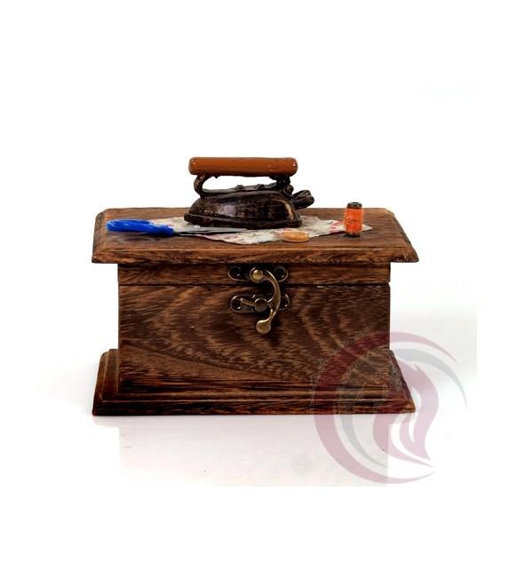 Κουτί Μπιζού - Σιδερώστρα